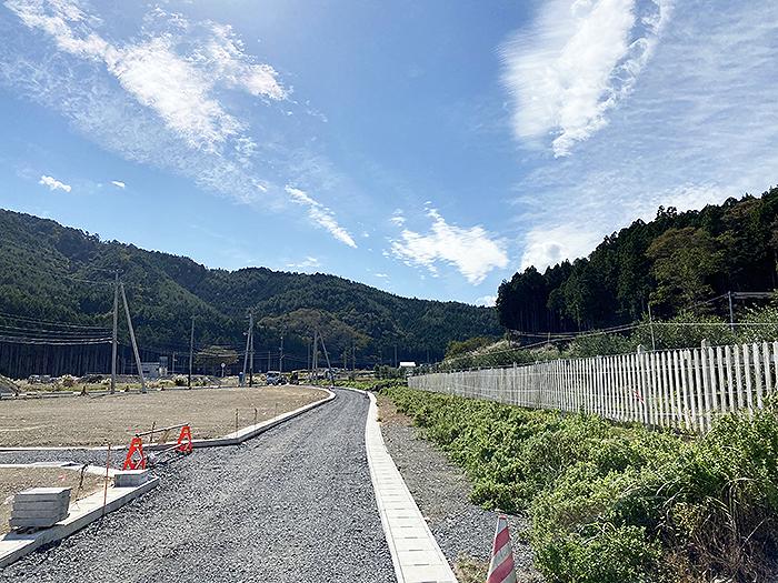 http://hiromu-saeki.com/blog/item/20201015rose02.JPG